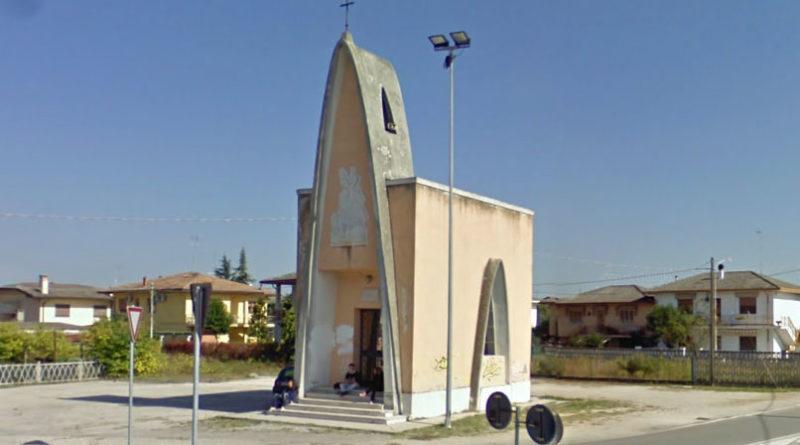 La chiesetta di Piazza Caduti Triestini